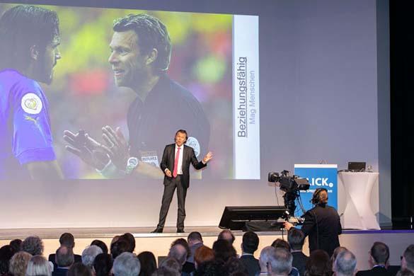 Urs Meier, ehem. FIFA-Schiedsrichter, Testimonial des AOV NRW